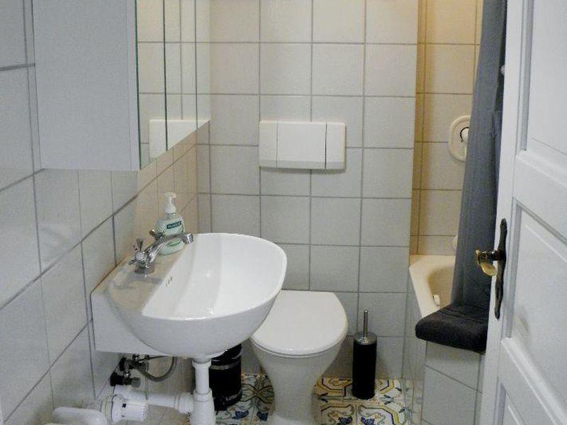 21675291-Ferienwohnung-4-Kiel-800x600-14