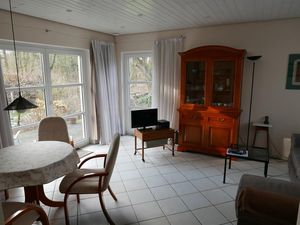 13907041-Ferienwohnung-3-Kiel-300x225-4