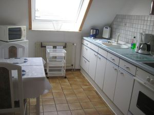 13907121-Ferienwohnung-3-Kiel-300x225-3