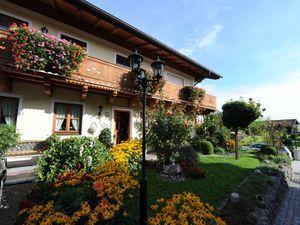 Ferienwohnung für 5 Personen (60 m²) ab 87 € in Kirchanschöring