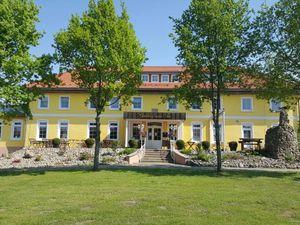 Ferienwohnung für 6 Personen (200 m²) ab 107 € in Klein Upahl