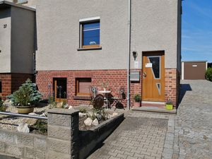 22777221-Ferienwohnung-4-Klingenberg-300x225-3