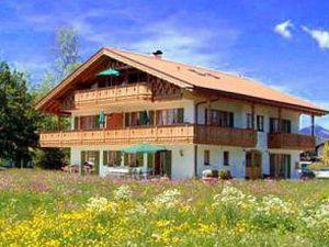 Ferienwohnung für 4 Personen (100 m²) ab 90 € in Krün