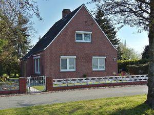 Ferienwohnung für 5 Personen (75 m²) ab 82 € in Krummhörn