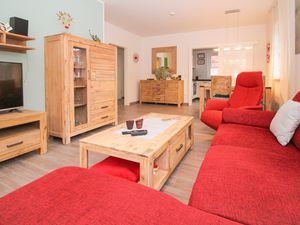 Ferienwohnung für 2 Personen (65 m²) ab 61 € in Krummhörn