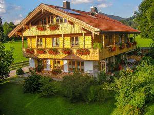 Ferienwohnung für 5 Personen (90 m²) ab 90 € in Lenggries