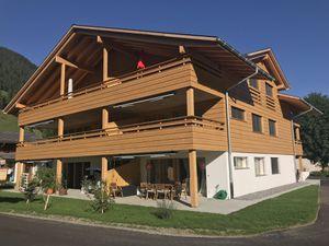 Ferienwohnung für 9 Personen (85 m²) ab 108 € in Lenk im Simmental