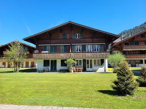 Ferienwohnung für 4 Personen (90 m²) ab 122 € in Lenk im Simmental