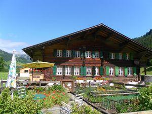 Ferienwohnung für 5 Personen (50 m²) ab 84 € in Lenk im Simmental