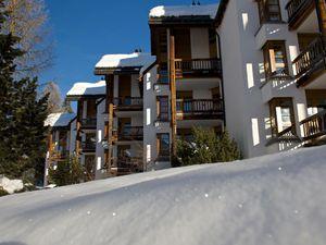 Ferienwohnung für 2 Personen ab 150 € in Lenzerheide/Lai