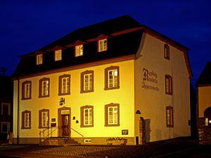 Ferienwohnung für 3 Personen ab 104 € in Longuich