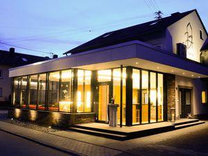Ferienwohnung für 3 Personen ab 55 € in Longuich
