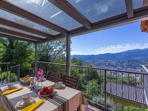 Ferienwohnung für 5 Personen (180 m²) ab 162 € in Lugano