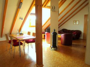 Ferienwohnung für 2 Personen (50 m²) ab 68 € in Maikammer