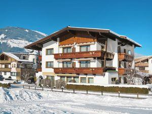 Ferienwohnung für 5 Personen (45 m²) ab 131 € in Mayrhofen