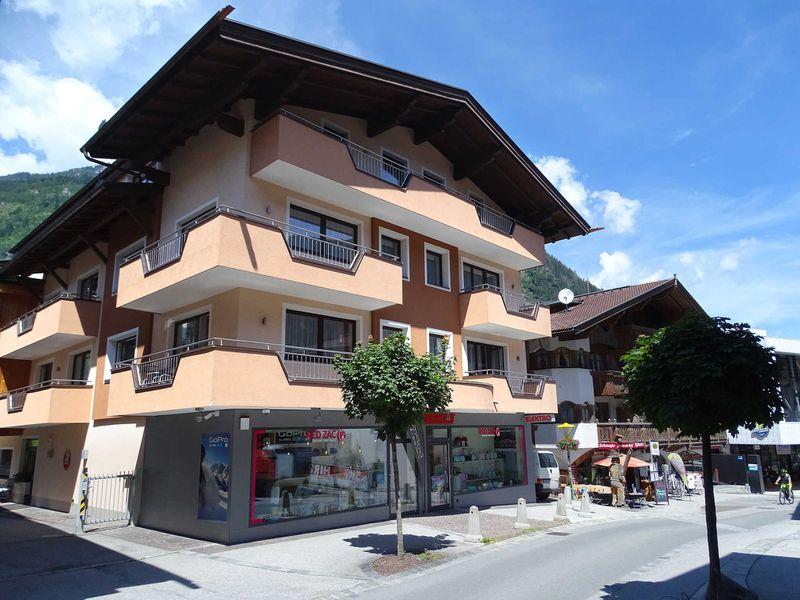 22417025-Ferienwohnung-6-Mayrhofen-800x600-1