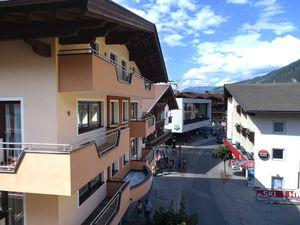 22417025-Ferienwohnung-6-Mayrhofen-300x225-3