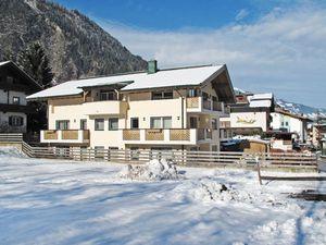 426997-Ferienwohnung-5-Mayrhofen-300x225-1