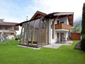 Ferienwohnung für 16 Personen (240 m²) ab 182 € in Mayrhofen