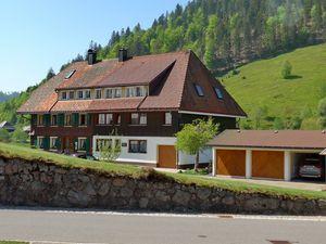 Ferienwohnung für 4 Personen ab 105 € in Menzenschwand