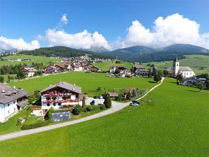 Ferienwohnung für 5 Personen (62 m²) ab 90 € in Meransen