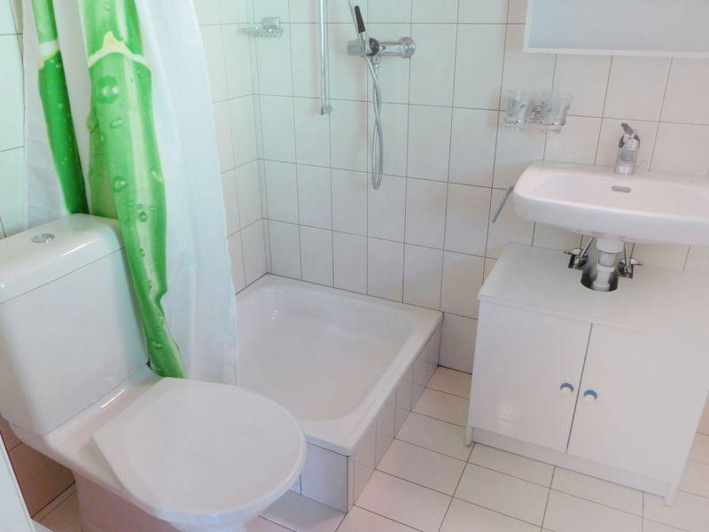 439066-Ferienwohnung-4-Moléson-sur-Gruyères-800x600-2