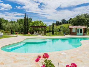 Ferienwohnung für 3 Personen ab 86 € in Mondavio