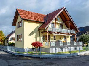 Ferienwohnung für 5 Personen (97 m²) ab 30 € in Moosbach