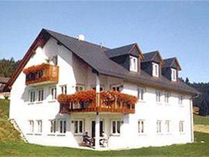 Ferienwohnung für 6 Personen (100 m²) ab 83 € in Naila