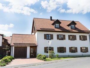 Ferienwohnung für 4 Personen (65 m²) ab 45 € in Neualbenreuth