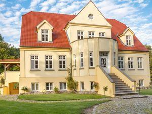 Ferienwohnung für 4 Personen (85 m²) ab 108 € in Neuenkirchen (Rügen)