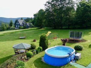 Ferienwohnung für 4 Personen ab 53 € in Neuhaus am Rennweg