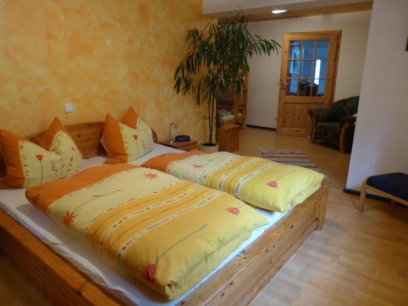22655055-Ferienwohnung-4-Neukirchen bei Sulzbach-Rosenberg-800x600-2