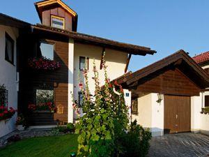 18356055-Ferienwohnung-2-Oberau-300x225-1
