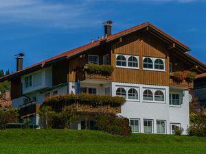 Ferienwohnung für 3 Personen (45 m²) ab 78 € in Oberjoch