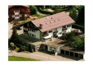 19031806-Ferienwohnung-2-Oberstdorf-300x225-1