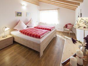 Ferienwohnung für 4 Personen (120 m²) ab 160 € in Ofterschwang