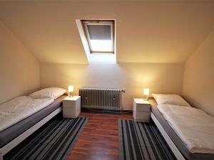 22267389-Ferienwohnung-7-Oldenburg-300x225-4