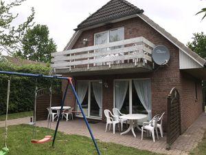 18310961-Ferienwohnung-4-Otterndorf-300x225-1