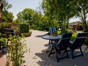 Ferienwohnung für 6 Personen (98 m²) ab 95 € in Pellworm