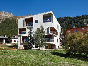 Ferienwohnung für 6 Personen (91 m²) ab 400 € in Pontresina
