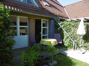 22176831-Ferienwohnung-3-Prerow-300x225-5