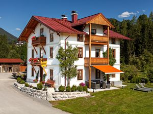 Ferienwohnung für 6 Personen (85 m²) ab 100 € in Reit im Winkl