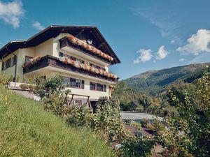 Ferienwohnung für 6 Personen (60 m²) ab 78 € in Rennweg am Katschberg
