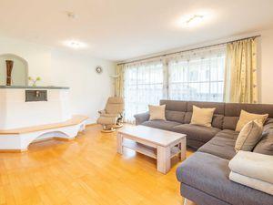 Ferienwohnung für 6 Personen (120 m²) ab 90 € in Rettenberg