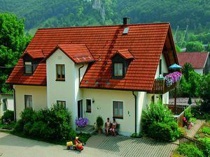 Ferienwohnung für 7 Personen (115 m²) ab 160 € in Riedenburg