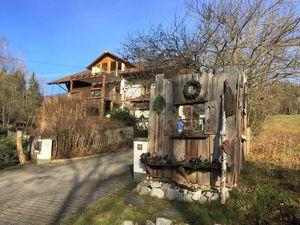 1659100-Ferienwohnung-4-Rimbach-300x225-5