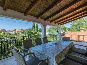 Ferienwohnung für 8 Personen (106 m²) ab 51 € in Rovinjsko Selo