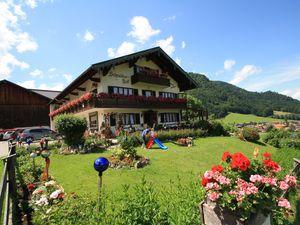 Ferienwohnung für 5 Personen (75 m²) ab 100 € in Ruhpolding