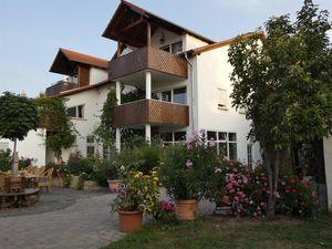 Ferienwohnung für 3 Personen (59 m²) ab 88 € in Ruppertsberg